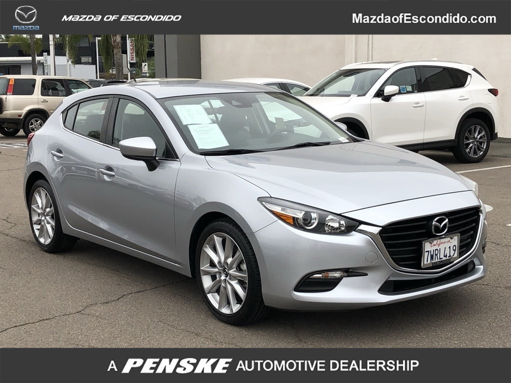 Certified Pre-Owned 2017 Mazda3 5-Door 5-DOOR 5DR TOURING AT