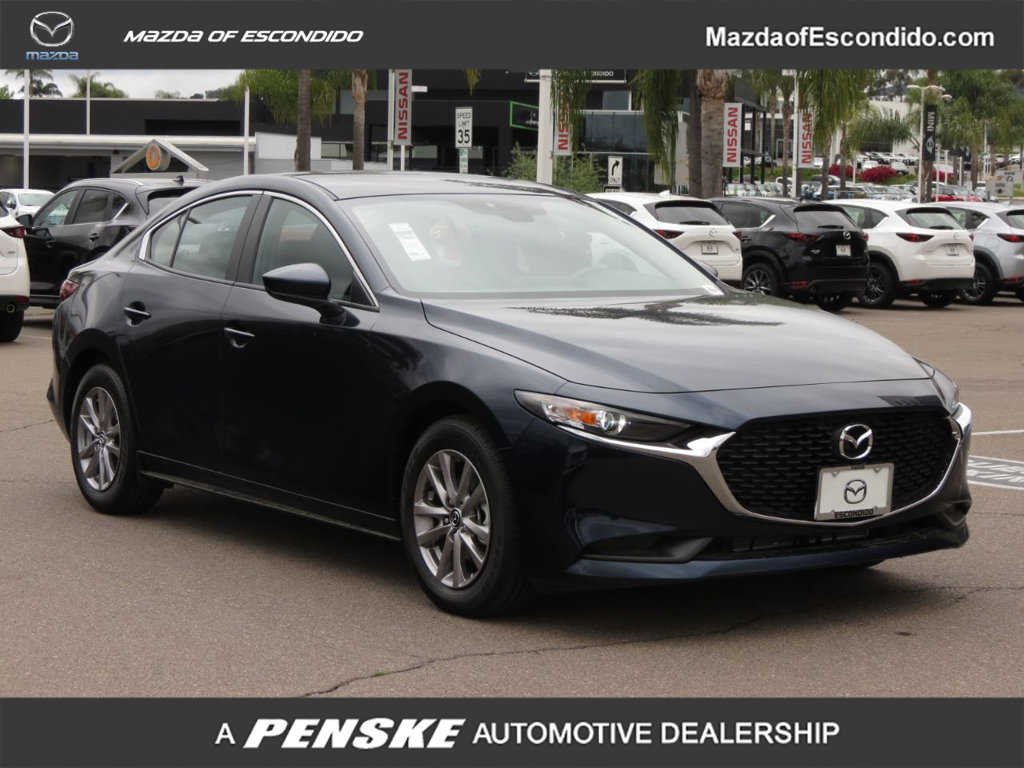 New 2019 Mazda3 4-Door FWD