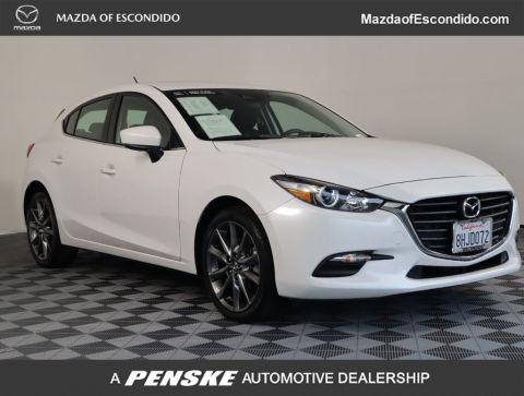 Certified Pre-Owned 2018 Mazda3 5-Door 5-DOOR TOURING AUTO